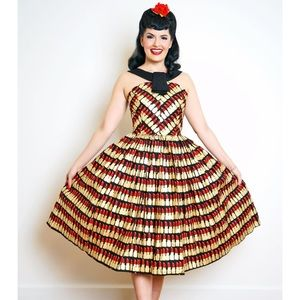 Bernie dexter Margaret dress in lipstick print